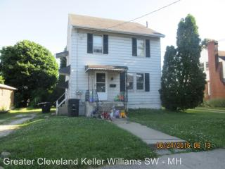 966 Reed Ave #UP, Akron, OH 44306