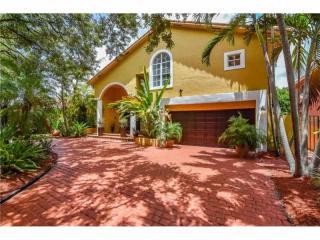 8271 Northwest 166th Terrace, Miami Lakes FL