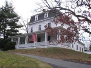 348 West St, Needham, MA 02494