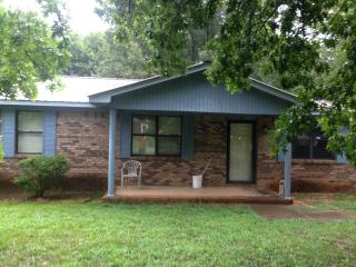 704 Ruby Johnson Dr, Scottsboro, AL 35769