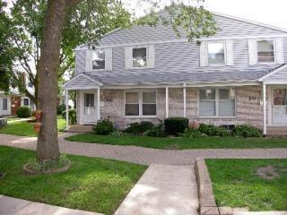 543 Manor Circle, Schaumburg IL