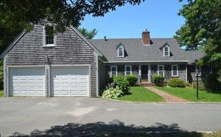 1 Hope Ln, Forestdale, MA 02644