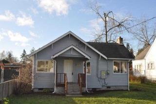9406 Portland Avenue E, Tacoma WA