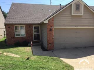 1427 Anthony Michael Dr, Lawrence, KS 66049