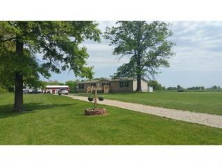 166 North 1550 East Road, Beecher City IL