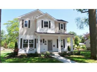 485 Upland Road, Bay Village OH