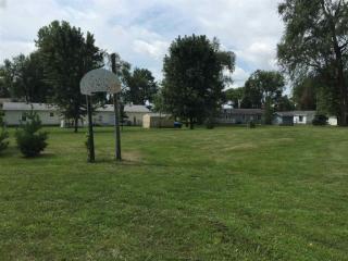 North Lake Shore Court, Monticello IN