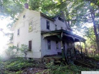 3890 State Route 9g, Germantown NY