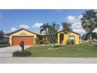1407 Northeast 1st Street, Cape Coral FL