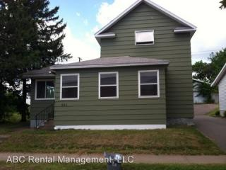 926 S 1st Ave, Wausau, WI 54401