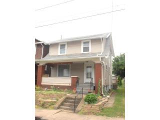 821 Smith Avenue NW, Canton OH