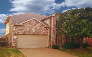 121 Heritage Drive, Crowley TX