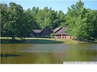 516 South Red Banks Road, Holly Springs MS