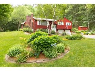 76 Providence Road, Westford MA