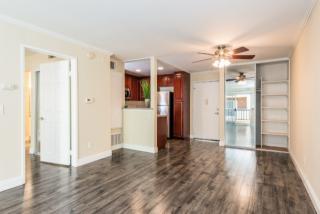5530 Owensmouth Avenue #210, Woodland Hills CA