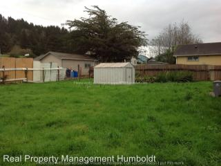 6625 2nd St, Fields Landing, CA 95537