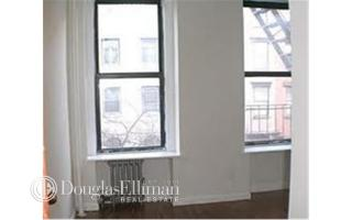 32 E 7th St #1B, New York, NY 10003
