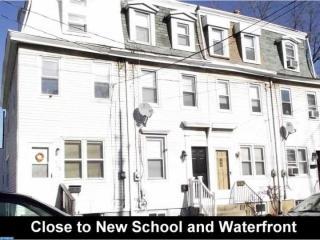 407 Powell Street, Gloucester City NJ