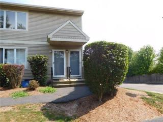 661 Silver Bch #B1, East Haven CT