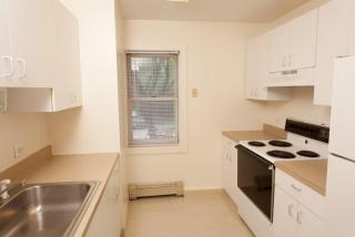 119 Pacific St #301, Cambridge, MA 02139