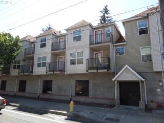 20 Southeast 172nd Avenue #106, Portland OR