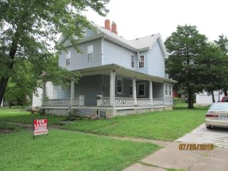 922 Mechanic St #5 BDRM HOME, Emporia, KS 66801