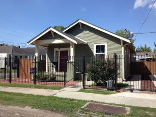 8841 Green St, New Orleans, LA 70118