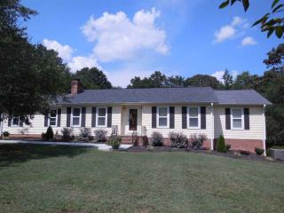 590 Hickory Nut Road, Inman SC