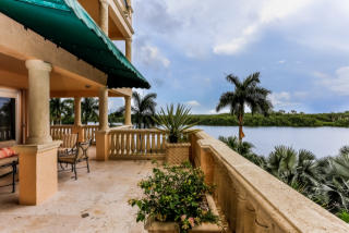 13635 Deering Bay Drive #223, Coral Gables FL