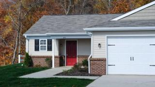 662 Cedar Ridge Dr, Apollo, PA 15613