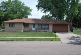 1105 Surfside Dr, Lincoln, NE 68528