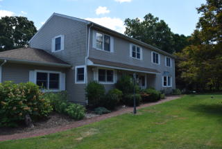 1 High Acres Road, Brookfield CT