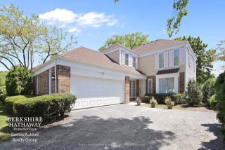 10 The Court Of Lagoon View, Northbrook IL
