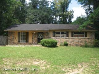 5404 Highland Rd, Mobile, AL 36693