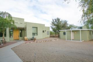 9020 North Calle Loma Linda, Tucson AZ