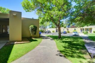2821 Mountain Rd NW, Albuquerque, NM 87104
