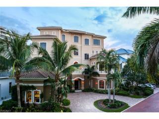 104 Hispaniola Lane, Bonita Springs FL