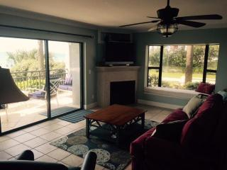 2300 Beach Trl, Indian Rocks Beach, FL 33785