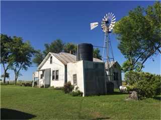 2293 County Road 298, Shiner TX