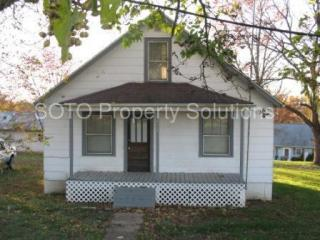 824 N Main St, Perryville, MO 63775
