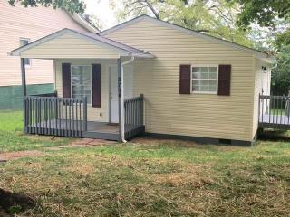 2704 East 5th Avenue, Knoxville TN