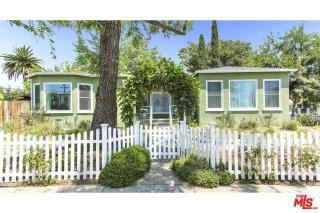 10703 Collins Street, North Hollywood CA