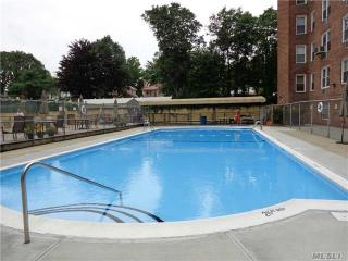 5444 Little Neck Parkway #3R, Little Neck NY