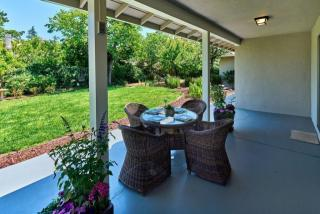 758 Filip Rd, Los Altos, CA 94024