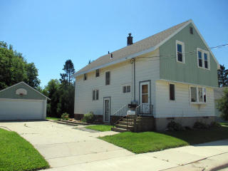1611 18th Street, Two Rivers WI