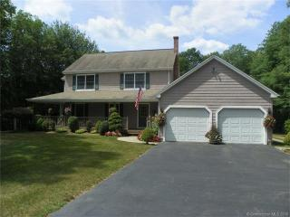 10 Spruce Lane, Oakdale CT