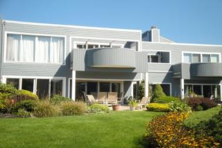 2 Oyster Landing Road, Milford CT