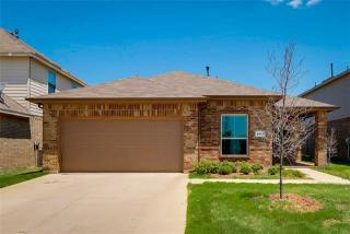 4812 Willow Branch Court, Crowley TX