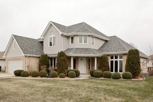 742 Lisson Grove, New Lenox IL