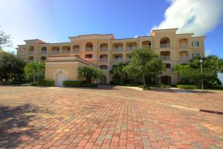 30 Harbour Isle Drive East #105, Fort Pierce FL